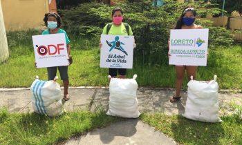 Entrega de canastas de alimentos a familias vulnerables de Iquitos.